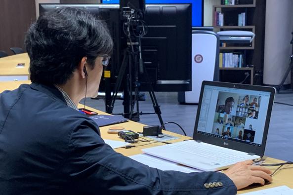 2020년 5월 30일에는 고려사이버대학교 계동캠퍼스 스튜디오에서 2020학년도 1학기 세번째 오프라인 세미나가 진행되었습니다.